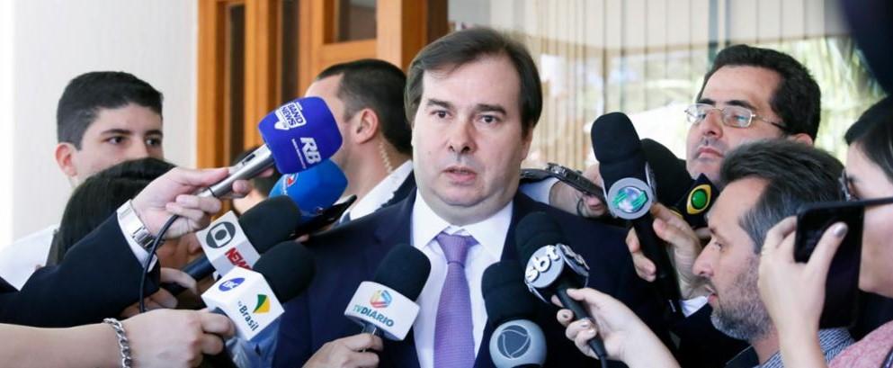 Plenário começa a analisar reforma da Previdência na terça-feira, afirma Maia