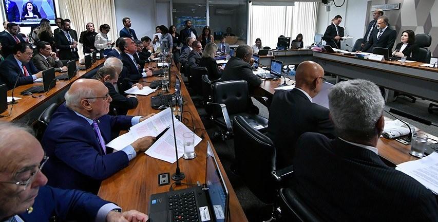 CCJ define calendário de audiências públicas para debater a reforma da Previdência