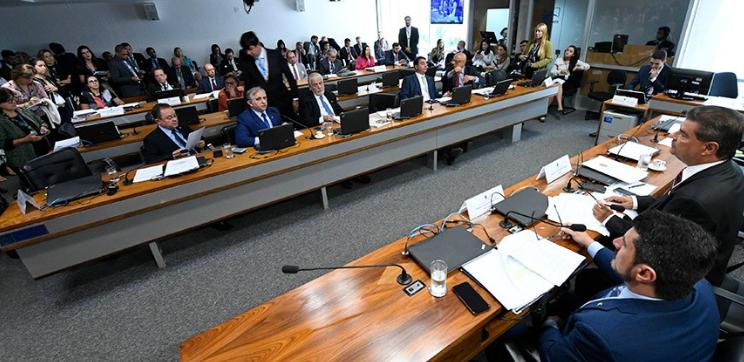 Comissão sabatina indicados a embaixadores na Bulgária e na Hungria
