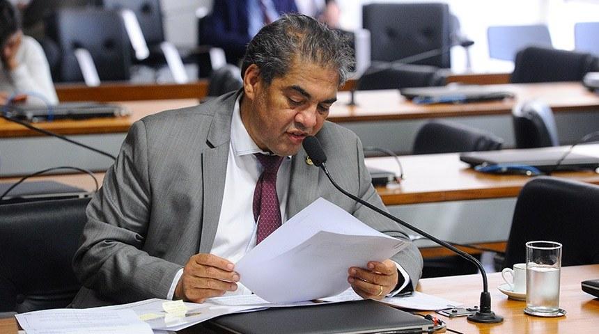 Comissão aprova sugestão legislativa sobre data-base para servidores públicos