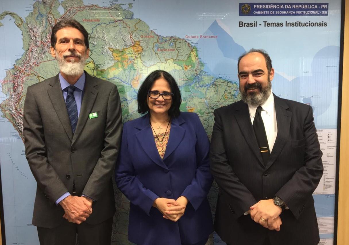 Ministra dos Direitos Humanos recebe presidente da ASBIN