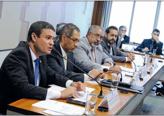 Brasil virou paraíso fiscal para os muito ricos, aponta audiência
